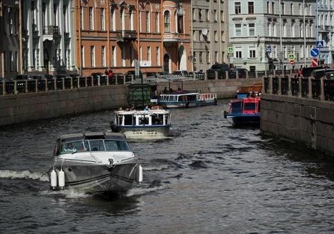 kogda-konchaetsya-navigatsiya-v-pitere