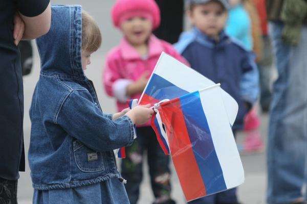 Петербург празднует День России